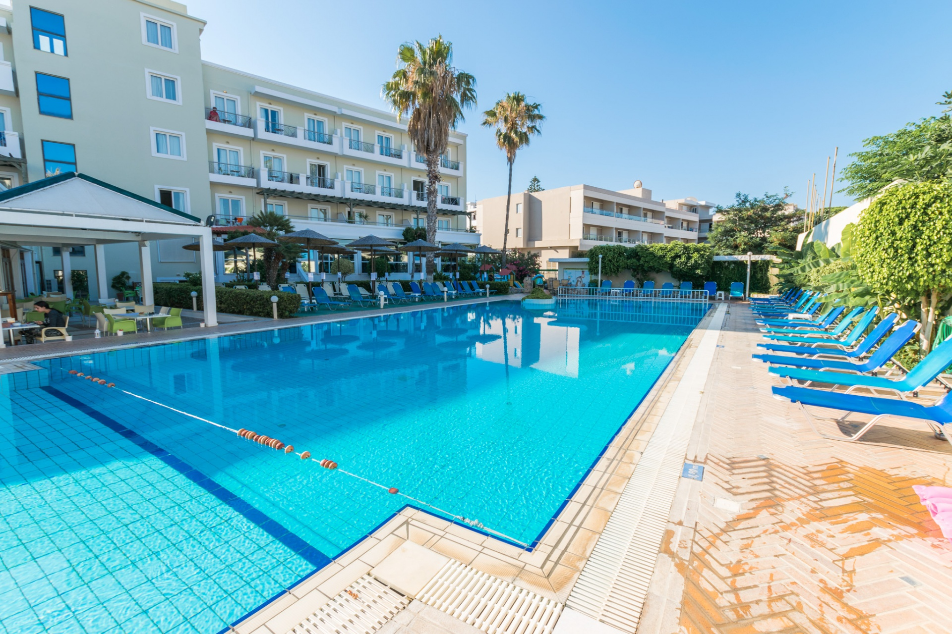 Aparthotel KOS JUNIOR SUITES