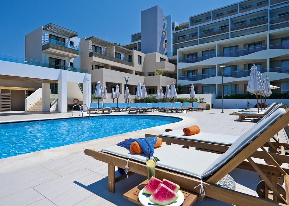 Hotel IOLIDA BEACH