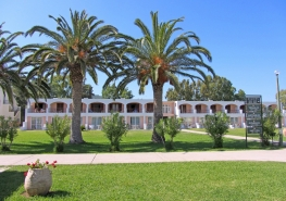 Messonghi beach hotel4